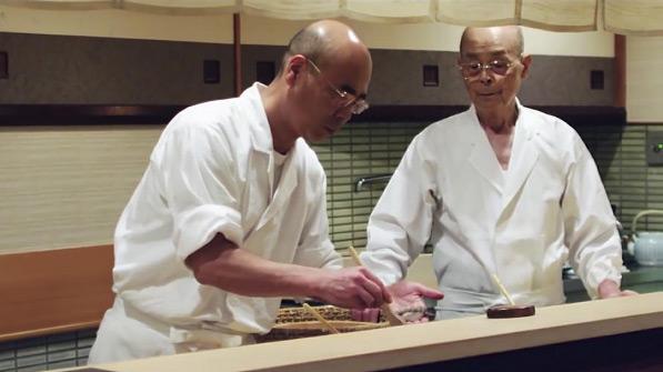 Dù tuổi đã cao nhưng ông Jiro vẫn còn tình yêu mãnh liệt với sushi, thứ mà ông đã dành trọn cuộc đời để rèn luyện và sáng tạo. Hiện con trai ông đang tiếp quản sự nghiệp của cha, học hỏi tất cả các kĩ năng bằng sự nghiêm khắc nhất. Anh này cũng đang là chủ quán Sushi Sukiyabashi Jiro thứ 2 ở khu Roppongi. Nhưng mọi người vẫn tìm đến tiệm ở Ginza như một sự lựa chọn hàng đầu vì Jiro Ono là linh hồn của thứ sushi tuyệt hảo này.